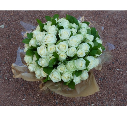 GERBE DE ROSES BLANCHES  ref GRB 02