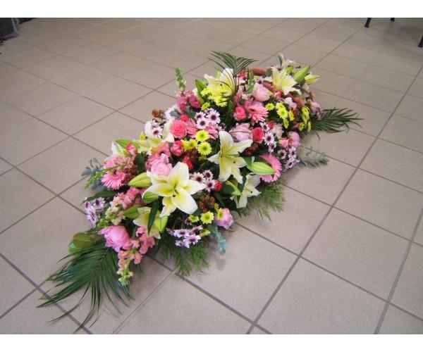Super Fleurs pour enterrement en forme de raquette. raquette fleurs  JT59