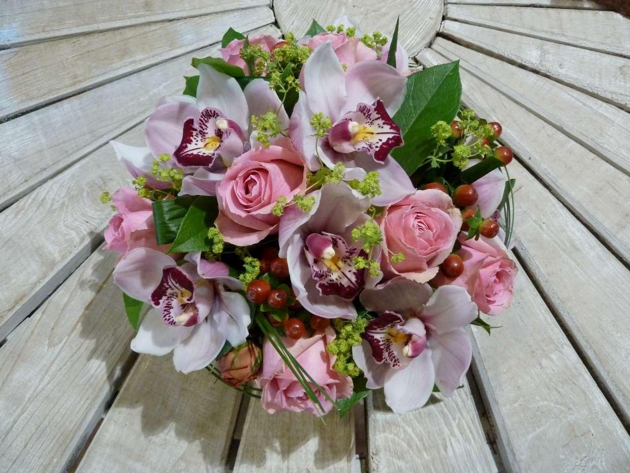composition fleurs mariage livraison de fleurs mariage partout en france florafrance. Black Bedroom Furniture Sets. Home Design Ideas