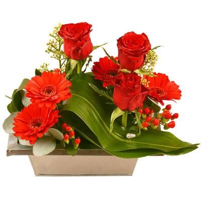 saint valentin livraison de fleurs pour la saint valentin florafrance. Black Bedroom Furniture Sets. Home Design Ideas